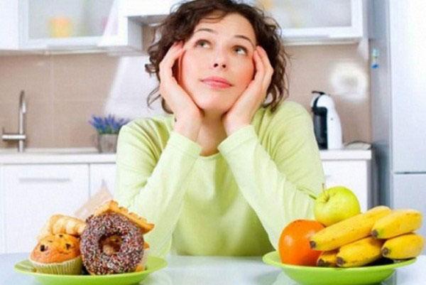 Bị mụn không nên ăn gì?